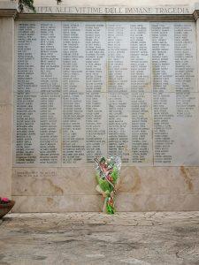 Casapound rende omaggio alle vittime del bombardamento