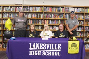 2 Lanesville grads sign to play college sports