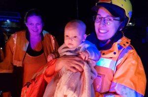 Thousands evacuated as floods worsen in Australia